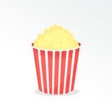 Volledige popcornemmer Stock Afbeelding