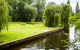 Voller Kanal Potsdam Deutschland des Wassers Stockfoto