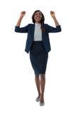 In voller Länge von der netten Geschäftsfrau Stockbild