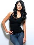Volles Portrait der Frau mit dem langen Haar der Schönheit Lizenzfreies Stockfoto