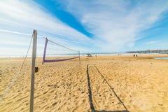 Volley παραλιών καθαρό στο Pismo Beach στοκ εικόνα