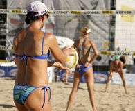 Volleyball-Ausflug Fontana-AVP Crocs Stockfoto