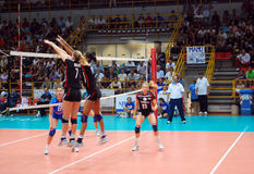 Volleyball : Match d'essai de Preolympic Photos libres de droits