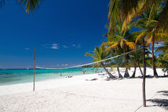 Volleyball net on tropical beach Royalty Free Stock Photos