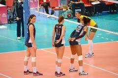 Volleyball WGP : Le Brésil CONTRE les Etats-Unis Photo stock