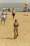 Volleyboll på stranden Arkivbild