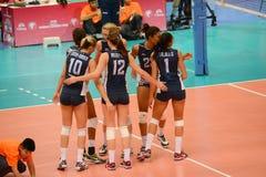 Volleyboll WGP: Brasilien VS USA Arkivbilder