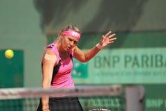 Volleying Lucie Hradecka - Franzosen öffnen 2012 Stockfotografie