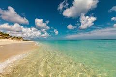 Vollkommener sandiger Strand stockbild