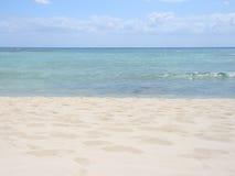 Vollkommener sandiger Strand Stockfotos