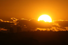 Vollkommener Sonnenuntergang stockbild