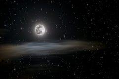 Vollmond und Sterne