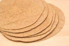 Vollständige Korn-Tortillas Stockbild