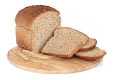 Vollständiges Korn-Brot Lizenzfreie Stockfotos