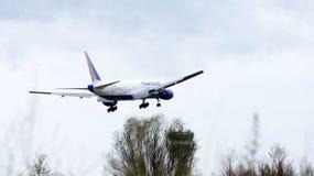 Volo commerciale dell'aeroplano Fotografia Stock Libera da Diritti