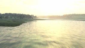 Volo del fiume archivi video