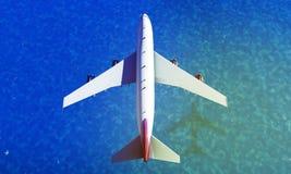 Volo dell'aeroplano sopra il mare 3d rendono Fotografie Stock Libere da Diritti