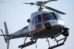 Volo dell'elicottero Immagini Stock Libere da Diritti