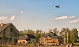 Volo dell'elicottero fotografia stock