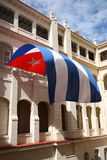 Volo della bandiera di Cuba a Avana Fotografia Stock Libera da Diritti
