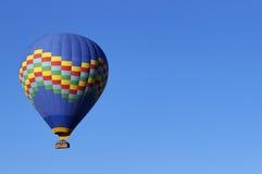 Volo della mongolfiera Immagini Stock