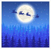 Volo di Santa Claus sulla slitta sul cielo Immagini Stock