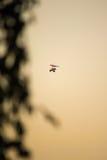 Volo di un deltaplano Fotografie Stock