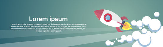 Volo Rocket Business Startup Concept Banner con lo spazio della copia Royalty Illustrazione gratis