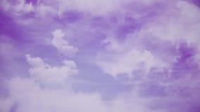Volo sopra le nuvole, animazione ciclo-capace Bello cielo con le nubi video d archivio