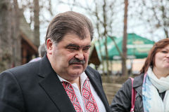 Volodymyr Bondarenko. 20.04.2014 - reunión con la gente en Etnogr foto de archivo libre de regalías