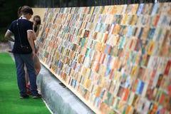 """Vologda, †de RÚSSIA """"o 4 de julho: Retratos dos povos no festival da rua da arte popular Russiaon no 4 de julho de 2015 Foto de Stock Royalty Free"""