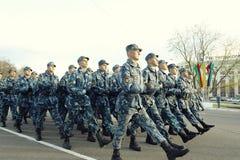 """Vologda, †della RUSSIA """"8 maggio: Prova generale della parata militare in Vologda l'8 maggio 2014 fotografia stock libera da diritti"""