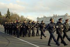 """Vologda, †della RUSSIA """"8 maggio: Prova generale della parata militare in Vologda l'8 maggio 2014 immagini stock"""