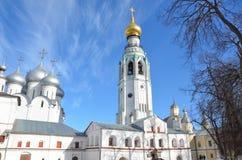 Vologda, Rosja, dzwonkowy wierza Kremlin w Vologda w wczesnej wio?nie zdjęcia stock