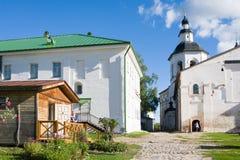 VOLOGDA, RUSLAND - 13 AUGUSTUS 2016: Klooster kirillo-Belozersky dichtbij Stad Kirillov, Vologda-gebied, Rusland Royalty-vrije Stock Afbeelding