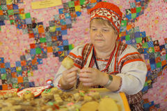 Vologda, RUSSIA – July 4: Portraits of people at the street festival of folk art in Russiaon July 4, 2015 Stock Images