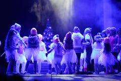 Vologda, RUSSIE - 1er mars : Membres du théâtre des enfants de la mode Photos stock