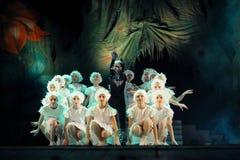 Vologda, RUSSIE - 1er mars : Membres du théâtre des enfants des sources de mode dans la représentation de la reine de neige Photographie stock