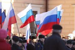 Vologda RYSSLAND —MARS 10: Ryska poliser, i att övervaka på mars 10, 2014 Fotografering för Bildbyråer