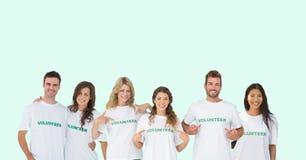 volontärgrupp arkivfoton