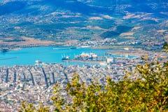 Volos stadssikt från den Pelion monteringen, Grekland Royaltyfri Fotografi