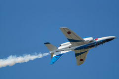Vols de démonstration d'impulsion bleue Photo libre de droits