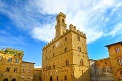 Volterra, средневековый дворец Palazzo Dei Priori, положение Пизы, tuscan Стоковые Фотографии RF