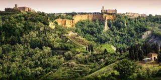 Volterra Balze van Volterra en middeleeuwse stad van Toscanië Italië royalty-vrije stock afbeelding