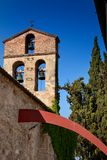 Volterra, città medievale della Toscana, Italia - di Volterra, gli impianti di Mauro Staccioli di scultor installati nel 2009 per Fotografie Stock