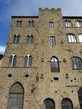 Volterra Italien medeltida arkitektur Arkivfoto