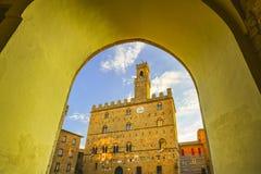 Volterra, palais médiéval Palazzo Dei Priori, état de Pise, le Toscan photo libre de droits
