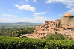 Volterra und Toskaner-Felder Stockbilder
