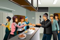 Voluntários que servem o alimento ao os sem-abrigo Imagens de Stock