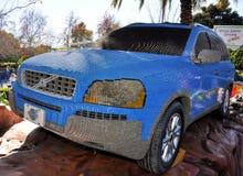 Volvo bildete mit Lego Blöcken Stockbilder